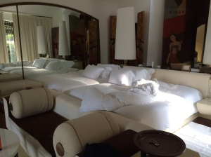 Each villa's 4m long bed.