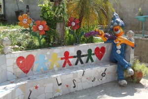El Tanque, a mural and mosaics project.